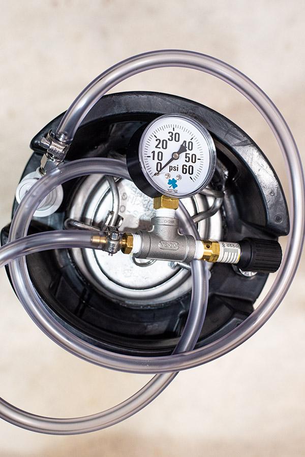 Keg with spunding valve
