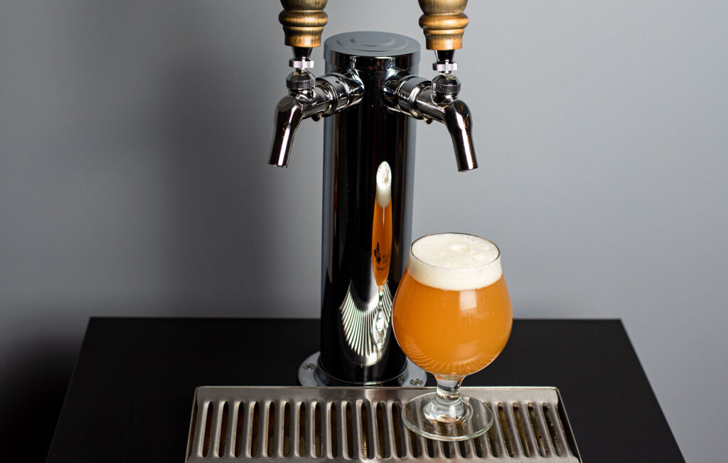 Everything You Need to Know About Kegging Homebrew: Freshly poured kegged homebrew